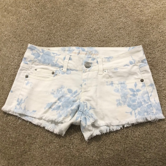 New American Eagle floral denim cut off shorts 2